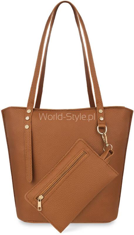 164b530d6648e Praktyczny i modny zestaw torebek damskich. W zestawie pojemna torba z  dopinaną saszetką, praktyczna listonoszka przewieszka oraz etui na  dokumnety.
